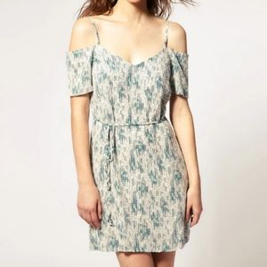 FRENCH CONNECTION Feather Fields Tie Waist Dress 6